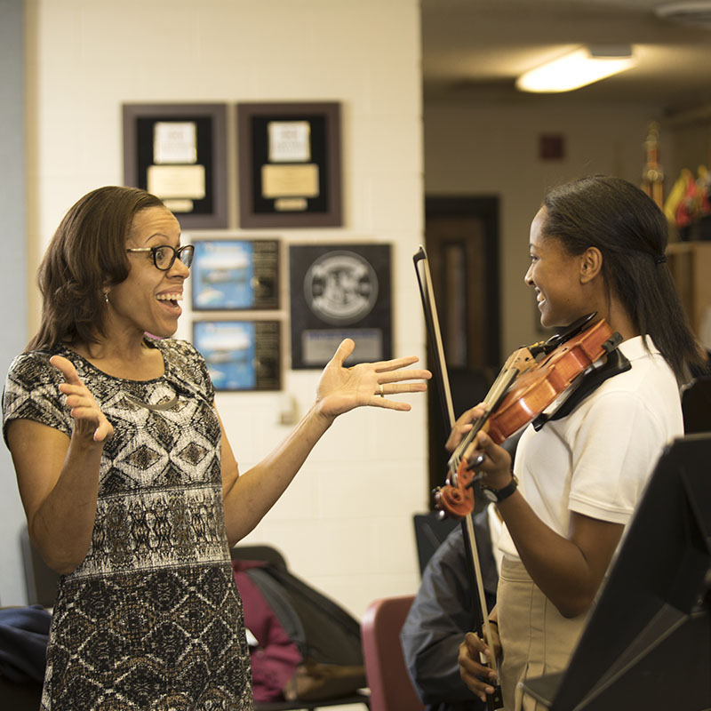 Woodward student violinist